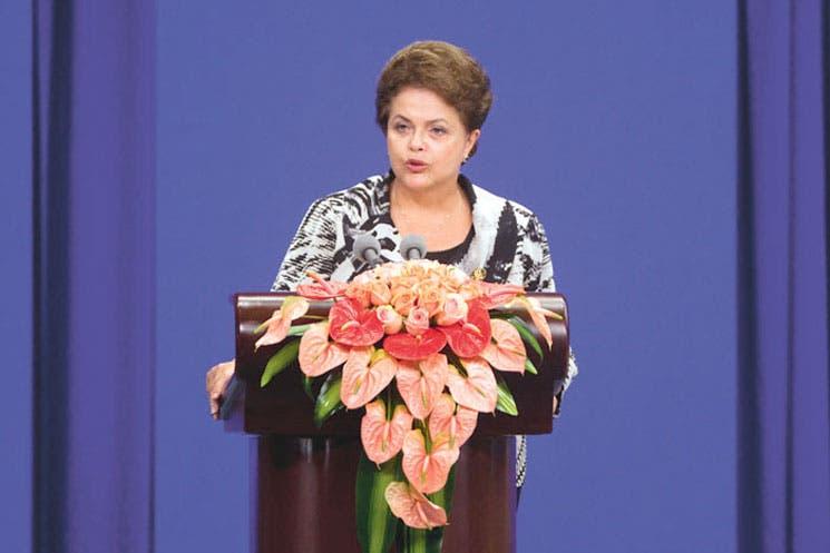 Brasil rebaja impuestos antes de elecciones