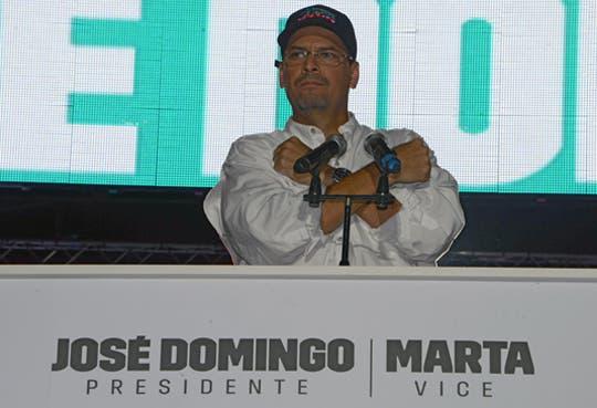 Candidato oficialista cierra campaña en Panamá