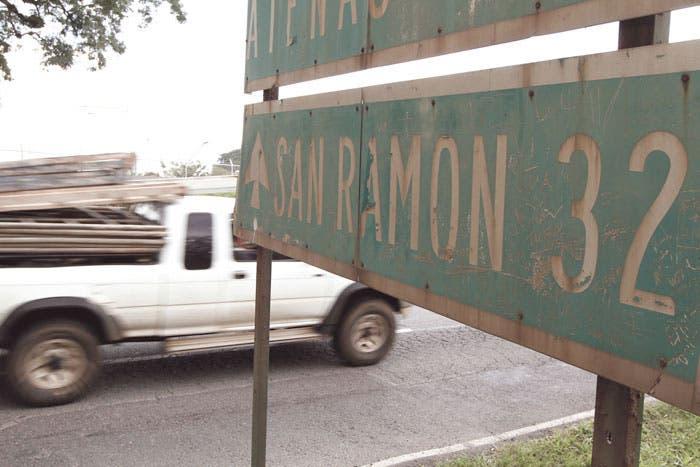 Usuarios pagarían vía a San Ramón por adelantado