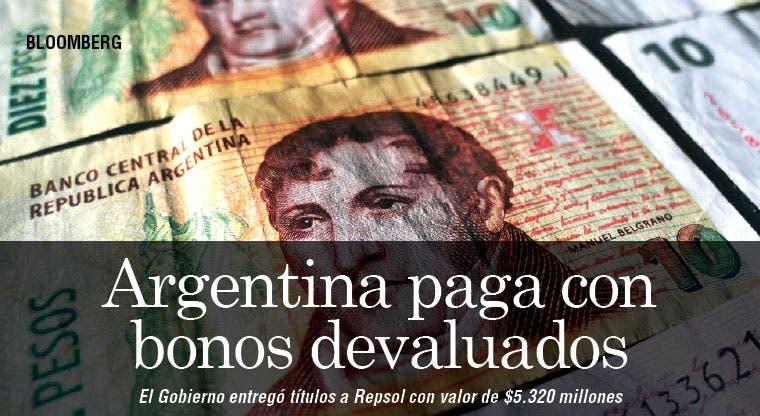 Argentina paga reclamos con bonos devaluados