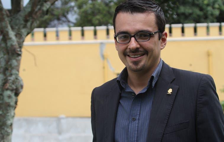 Villalta gana millonaria demanda contra el Estado