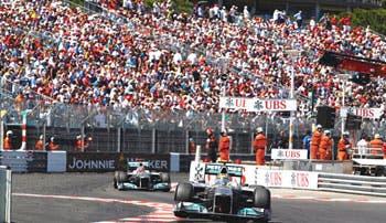 Mónaco prueba los Mercedes