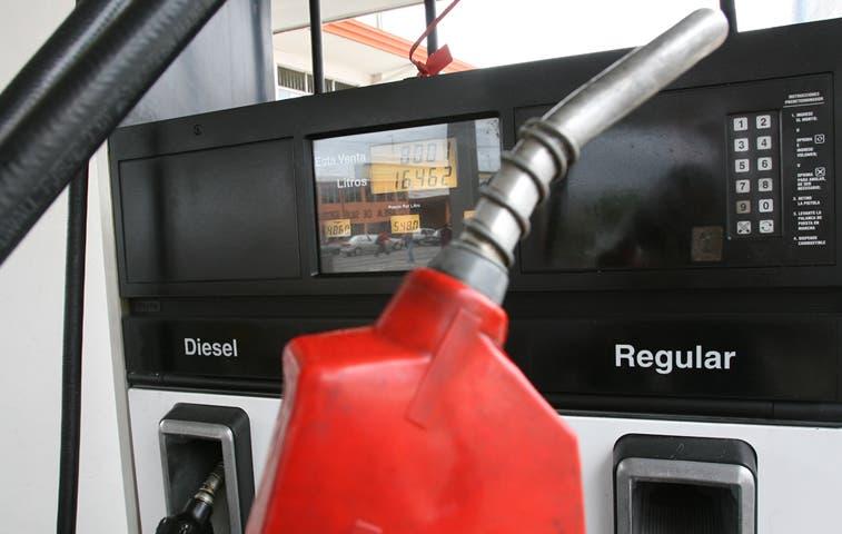 Viene nueva alza en el combustible