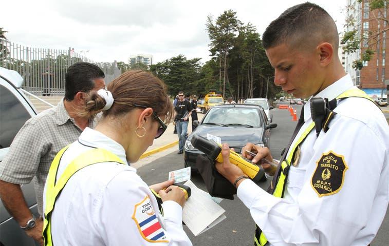 MOPT y oficiales de Tránsito lograron Acuerdo