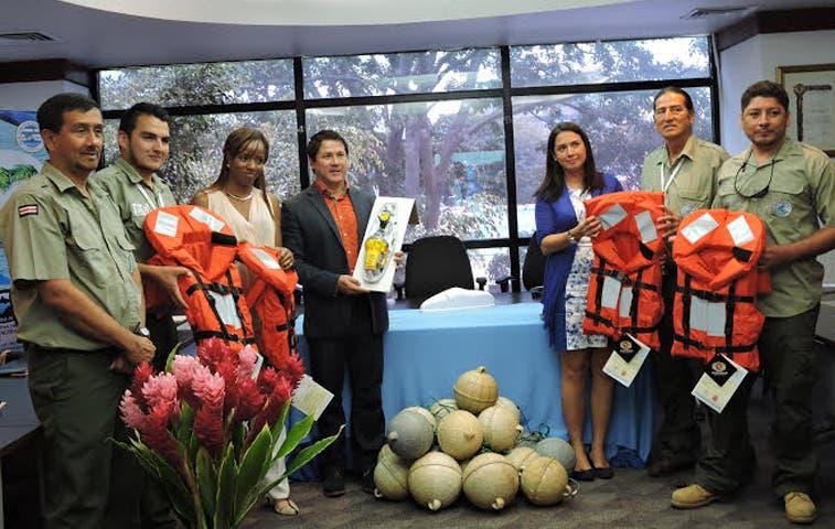 Banco Nacional dona ¢10 millones a Isla del Coco