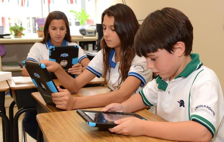 Tecnología gana presencia en las aulas