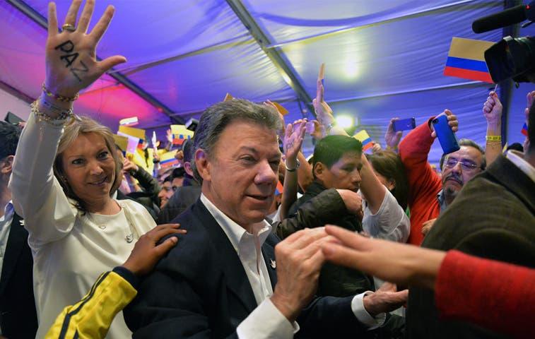 Costa Rica llama a profundizar relaciones con Colombia