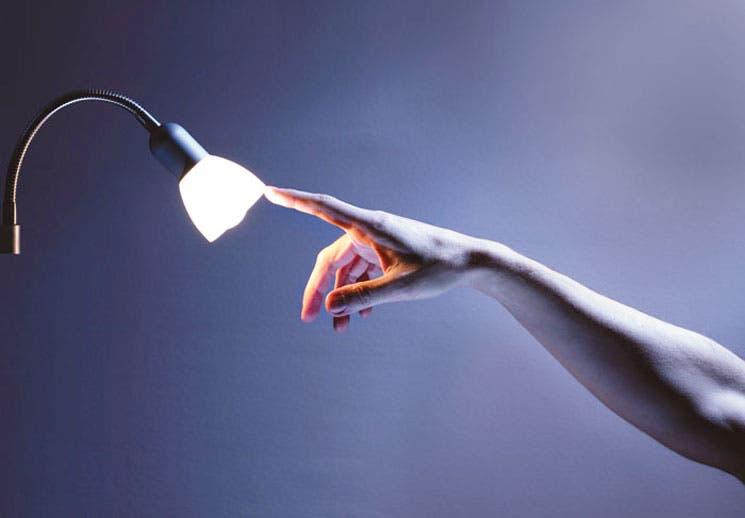 Competencia reduciría costo eléctrico