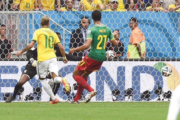 Neymar cita a Brasil con Chile