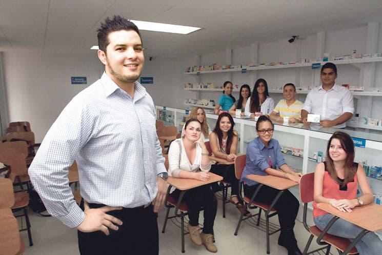 Primera farmacia simulada de Centroamérica llega a la Unibe