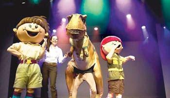 Un tiranosaurio ruge en el Museo de los Niños