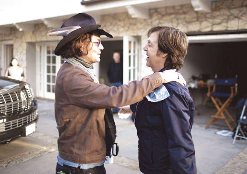 """Depp hace """"cameo"""" en vídeo de McCartney"""