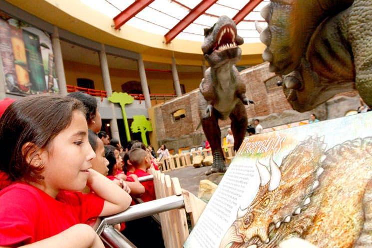 El Museo de los Niños es casa de dinosaurios