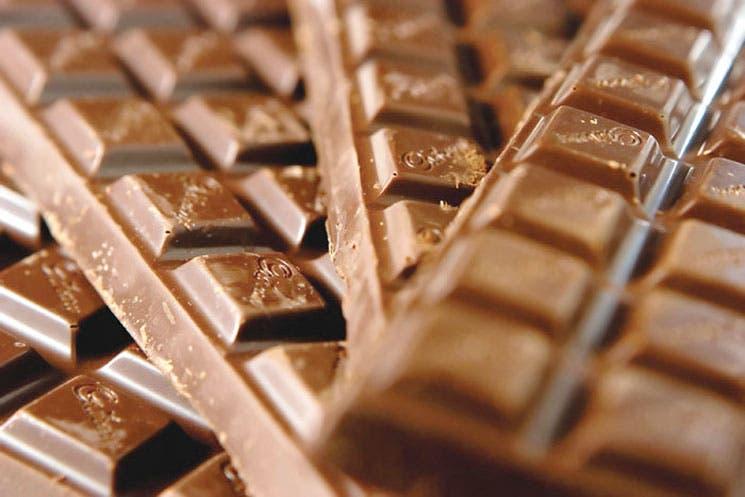 Aumento de consumo de chocolate en Asia eleva precios del cacao