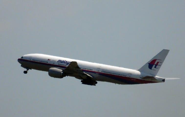 Misil impactó avión que se estrelló en Ucrania