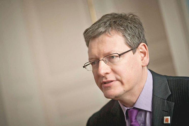 Comisario europeo lamenta despidos de Microsoft