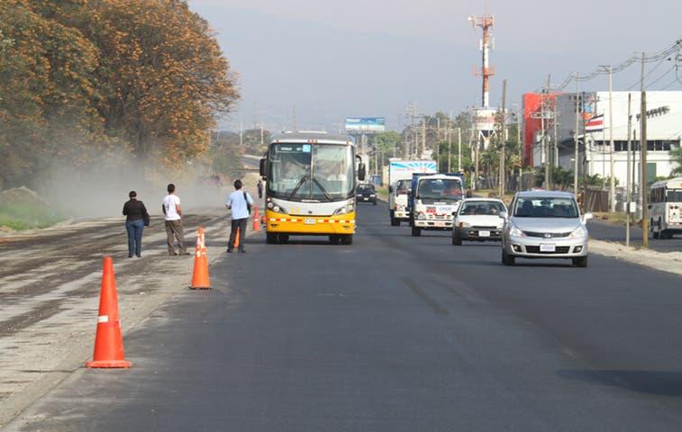 Cuestionan asfalto que comercializa Recope