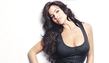 Peta Latino confía en que Vergara pose desnuda