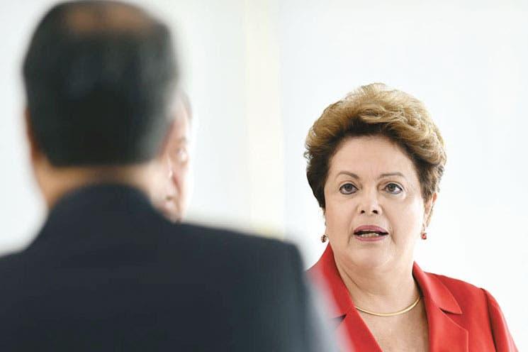 Se reduce la ventaja de Rousseff