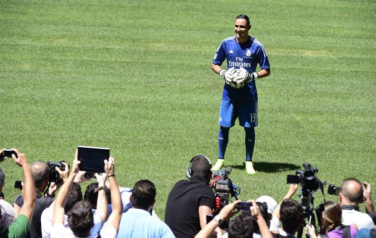 Miles aclamaron a Navas en el Bernabéu