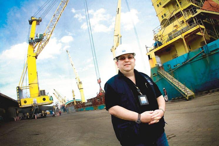 Caldera: Puerto creciente celebra ocho años
