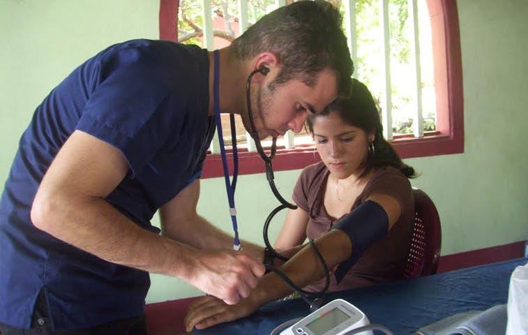 Pacientes en Isla serán atendidos con expediente digital