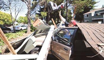 Cifran en $1 mil millones los daños en California