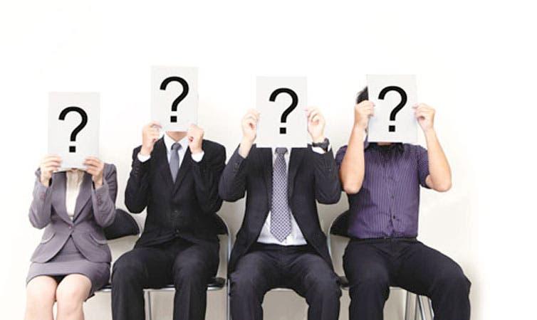 Desempleo golpea a profesionales calificados
