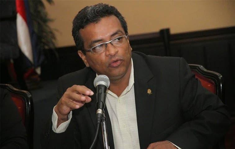 """Buscan frenar nombramientos """"políticos"""""""