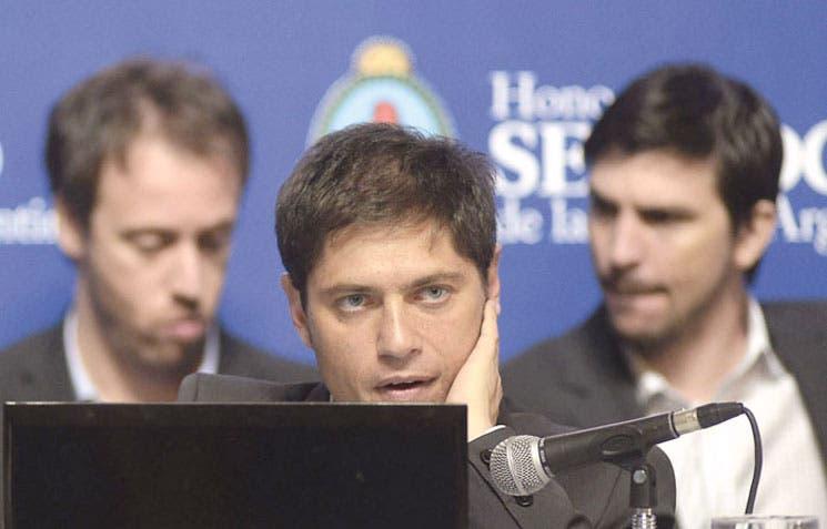 Argentina discute reestructuración de su deuda