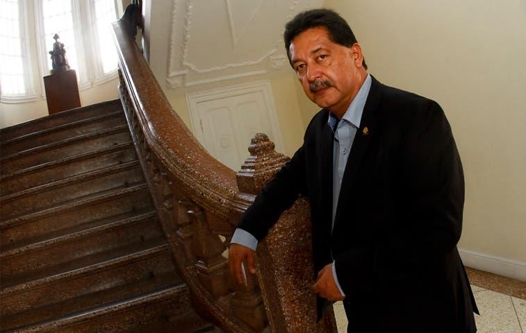 Diputado del PAC pide disculpas a Liberación