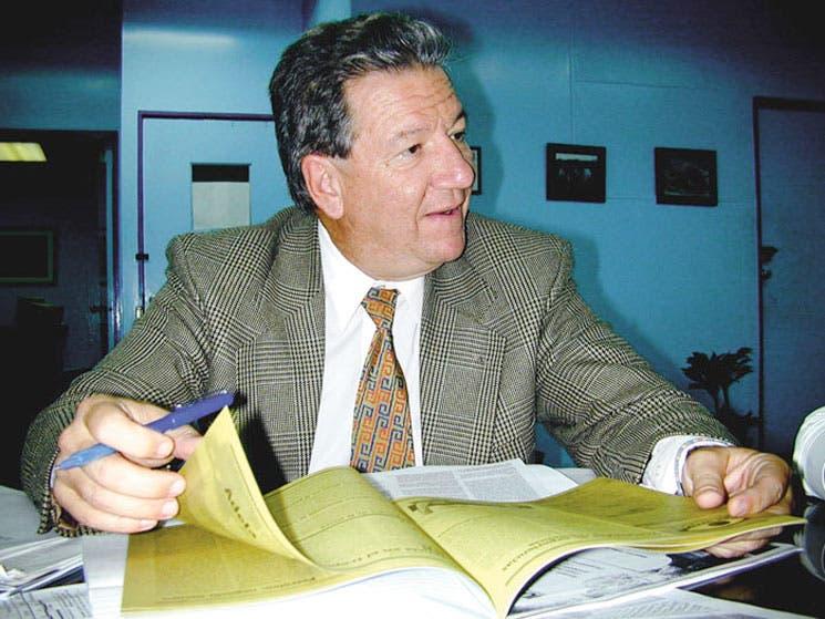 Salud aleja a Carazo de presidencia del PAC