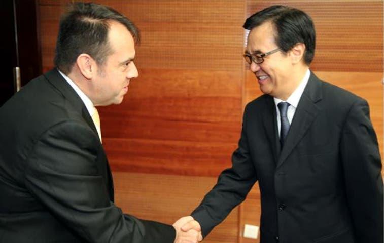 Ministro de Comercio se reunió con su homólogo chino