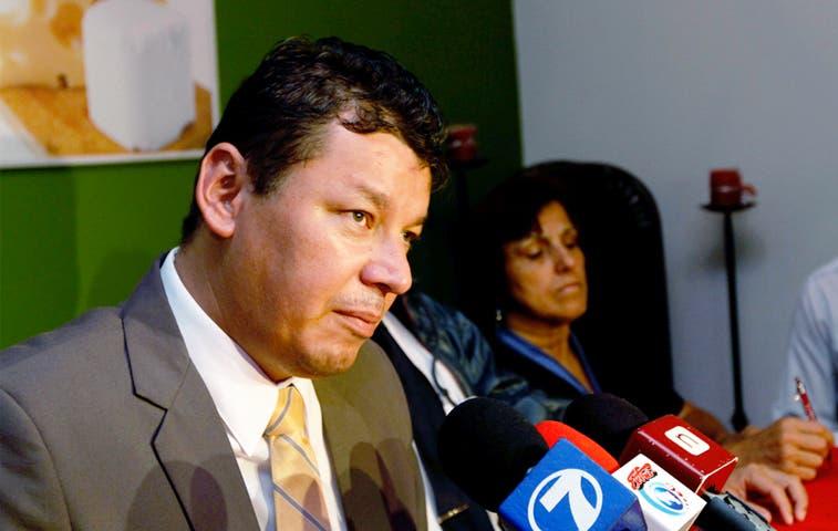 Correos de Costa Rica no acepta amenazas de Oscar López