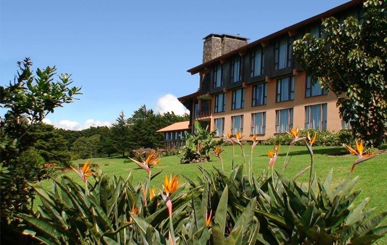 Caja cierra Hotel La Condesa por morosidad
