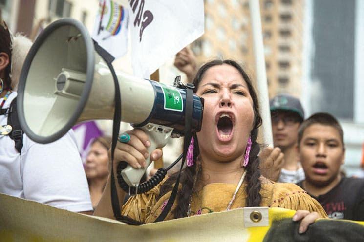 Masiva marcha exige decisiones contra cambio climático