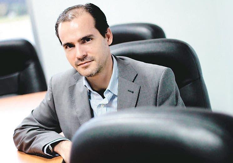 """Raúl Bravo: """"El metro es una solución ideal para San José"""""""