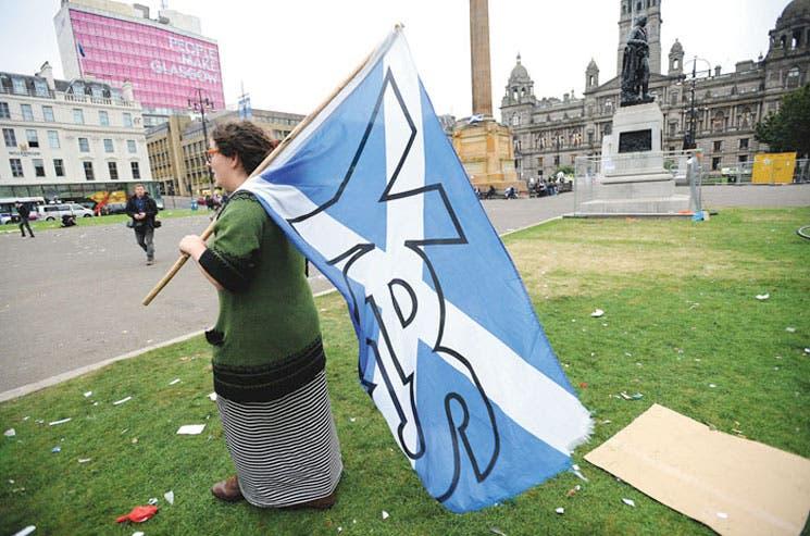 Escoceses intentan recuperar amistades rotas