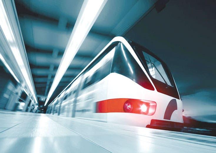 Licitación de tren eléctrico en 2015