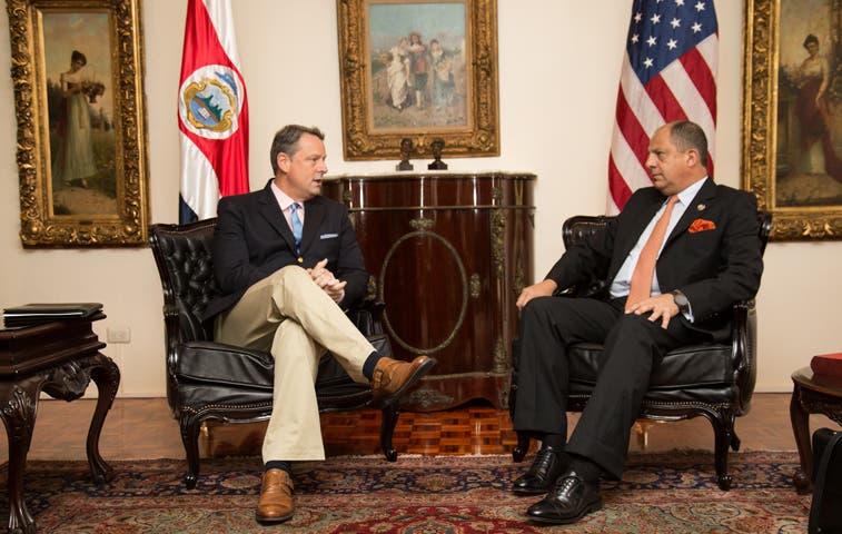 Solís realizó nueva reunión de acercamiento con EE.UU.