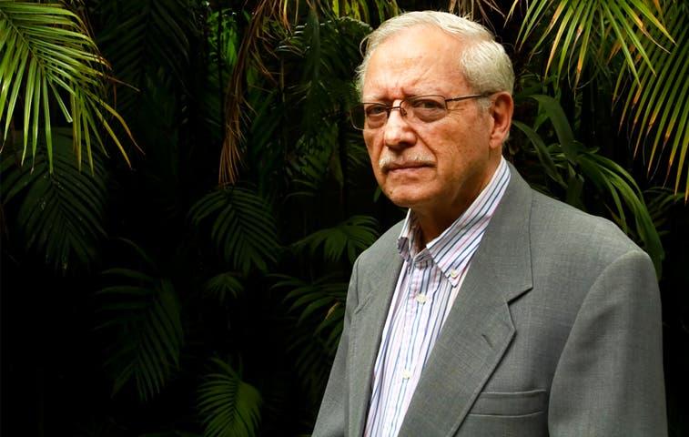 Helio Fallas expondrá política fiscal ante organismos internacionales
