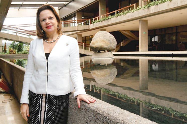 """Ana Helena Chacón: """"No deben existir ciudadanos de segunda categoría"""""""