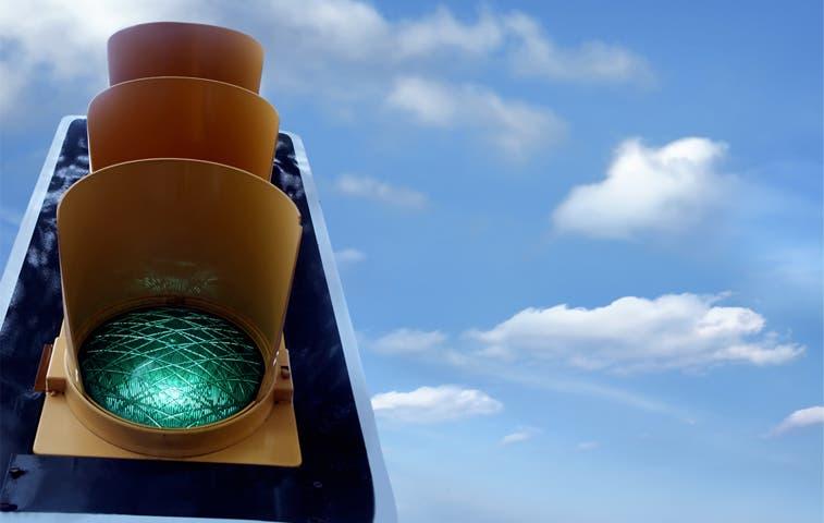 Nuevo semáforo facilitará el ingreso a Alajuela