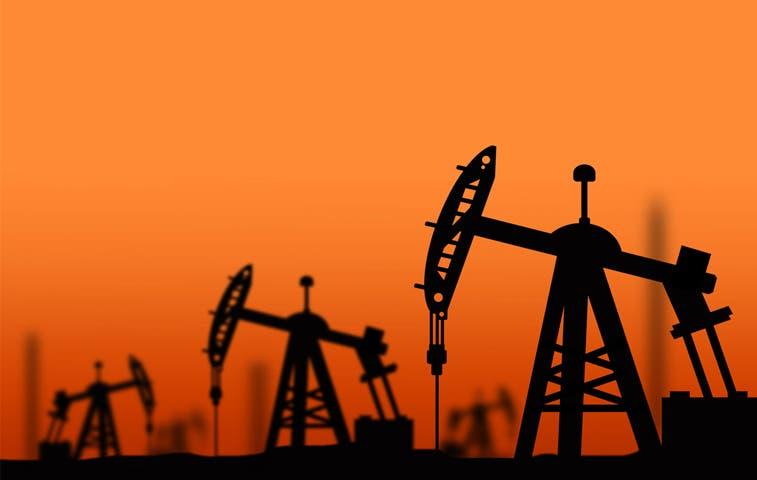 Petróleo tiene la mayor caída en dos años