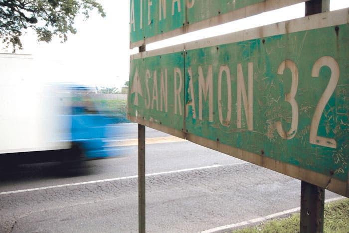 Ruta a San Ramón avanza a ciegas