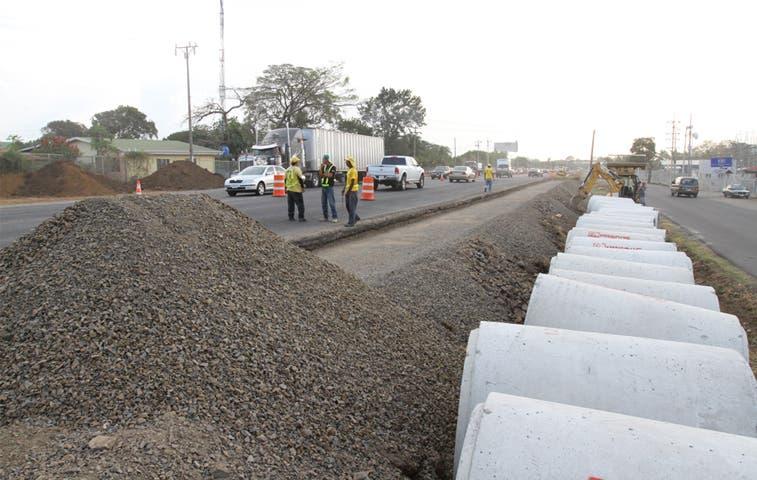 Contraloría autorizó contratos de mantenimiento de carreteras