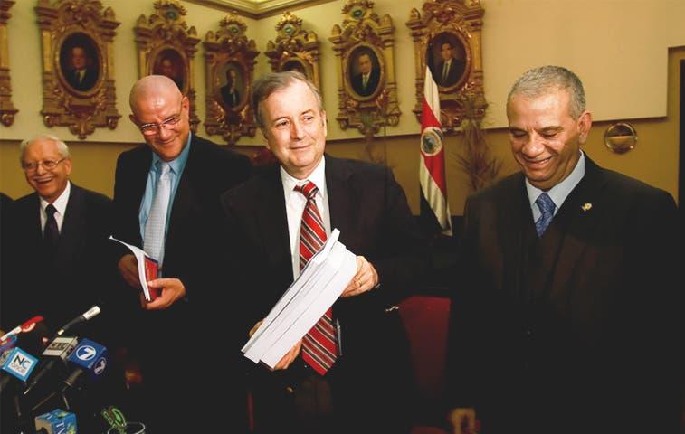 Tijera de diputados recortó ¢297 mil millones a presupuesto