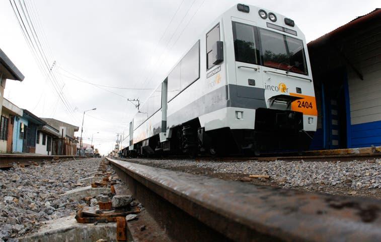 12 cruces ferroviarios serán reparados en Heredia