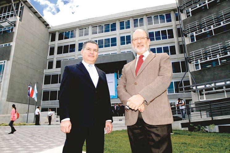 UCR inaugura edificio de la Facultad de Ciencias Sociales