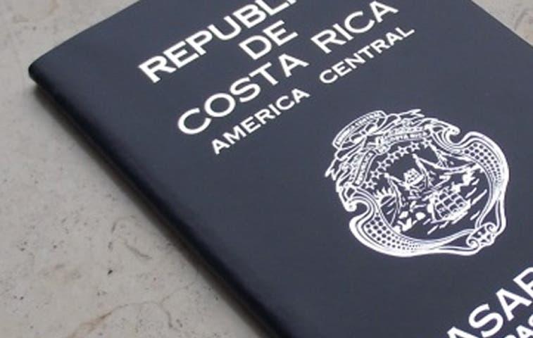 Menores de edad podrán solicitar pasaportes en Correos de Costa Rica